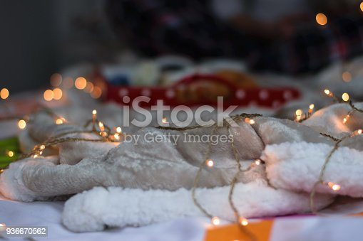 618750646istockphoto Woman lying on bed with dog 936670562