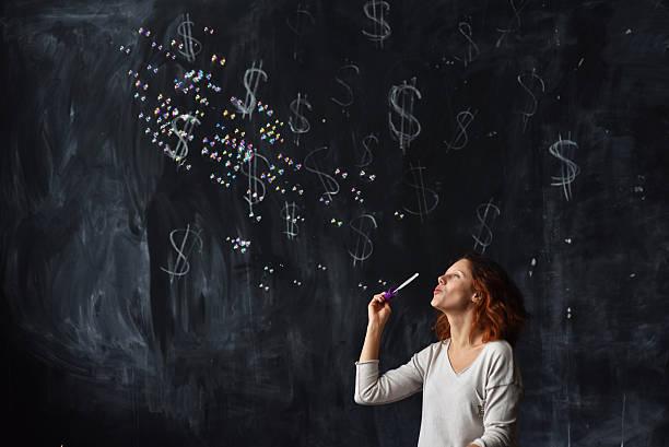 woman making bubbles – Foto