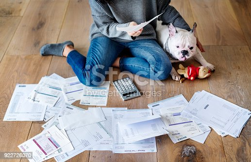 istock Woman managing the debt 922726070