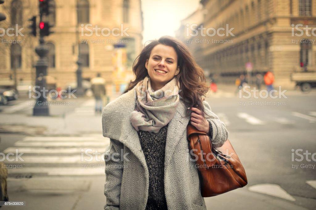 Kadın sokakta royalty-free stock photo