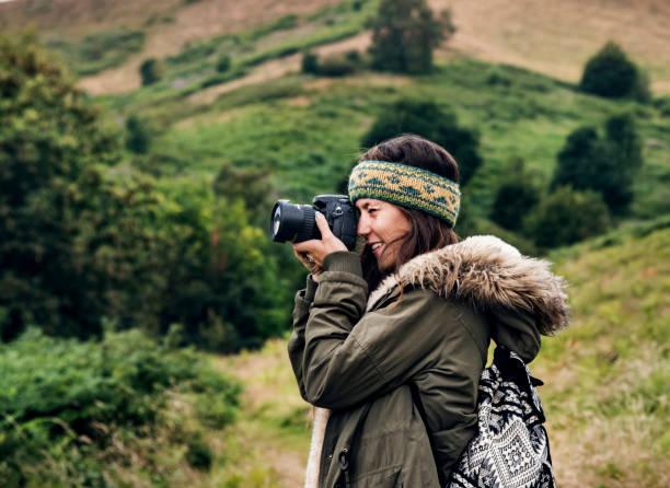 Woman photography camera nature environment concept picture id890572934?b=1&k=6&m=890572934&s=612x612&w=0&h=tn4vcgmwezkjk7cv8wxy 3hczsvkfxicdcasmoth73k=