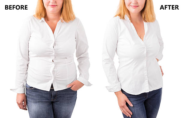 woman posing before and after successful diet - mollige frauen fotos stock-fotos und bilder