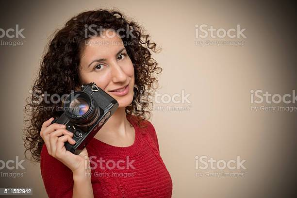 Woman posing with her slr camera picture id511582942?b=1&k=6&m=511582942&s=612x612&h=arxoeharlu2fqjmkj mlxi2wfg ebk3oesmdl5lbar0=