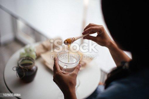 Woman preparing healthy breakfast at home