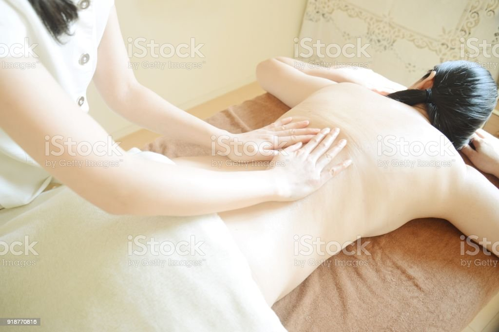 Woman Receiving An Aroma Oil Massage Stock Photo - Download ...