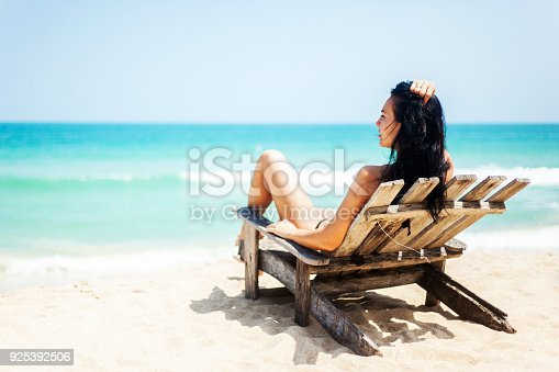 Happy vacation at the sea