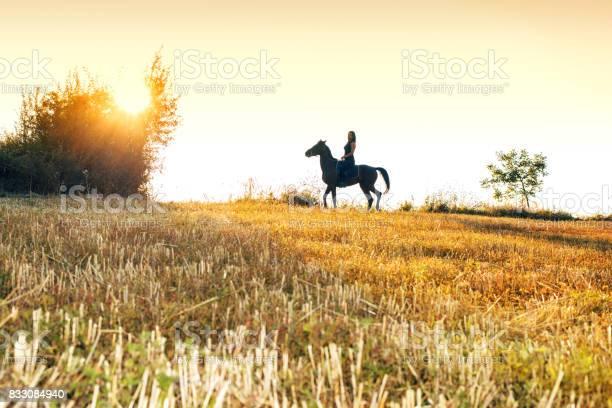 Woman riding her horse picture id833084940?b=1&k=6&m=833084940&s=612x612&h=uyng55bv5bgovtyh2xfhznhwbzt0uylbdtqztzwvqma=