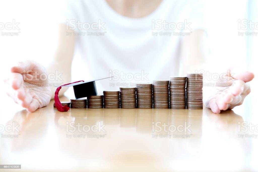 Woman saving education coins – Foto