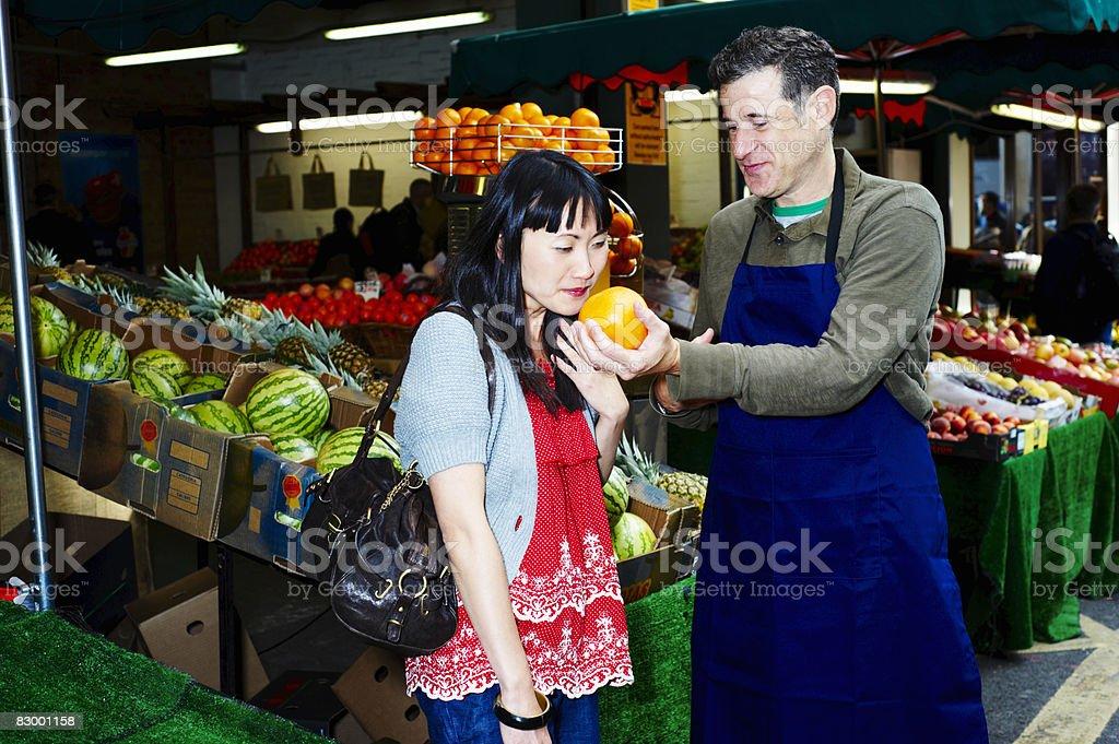 Woman shopping for fresh food royalty free stockfoto