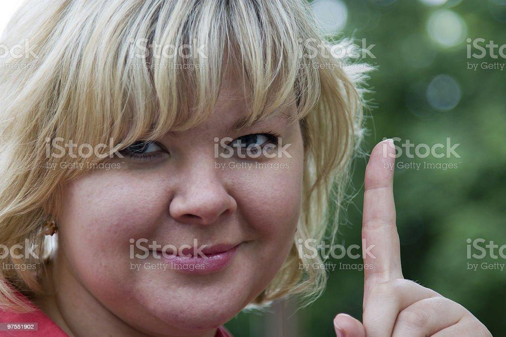 Femme Montrer du doigt photo libre de droits