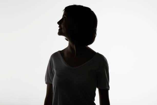 女性剪影 - 外型 個照片及圖片檔