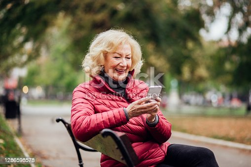 Charismatic old lady dating online