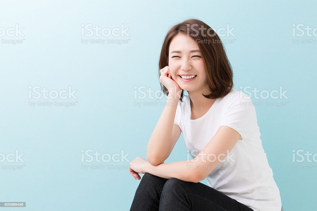 Kobieta siedzi zbiór zdjęć royalty-free