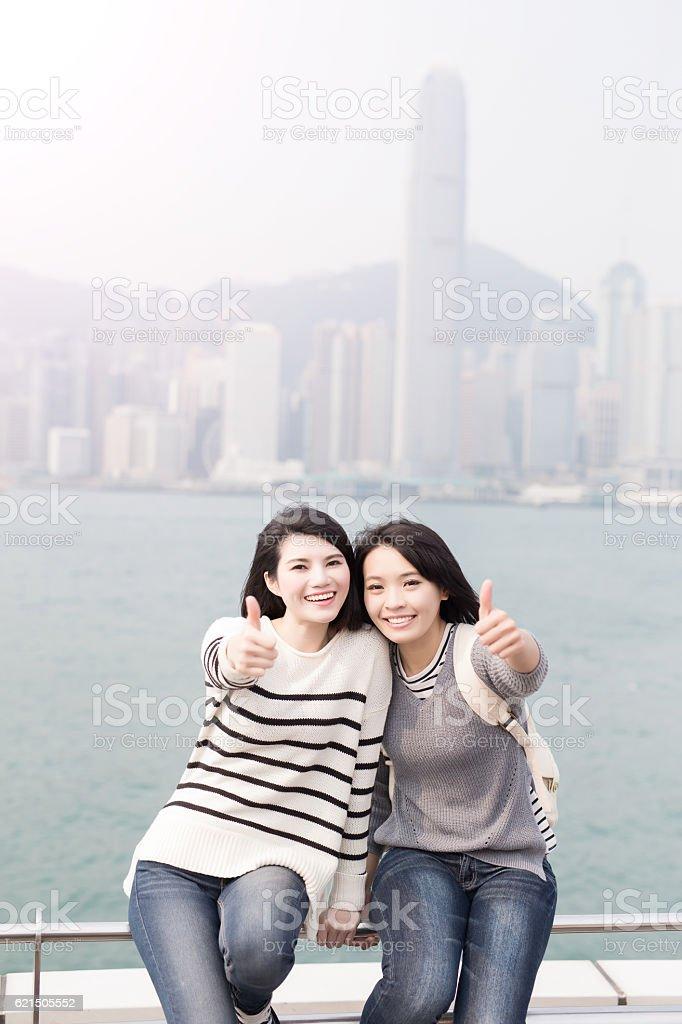 woman smile and thumb up Lizenzfreies stock-foto