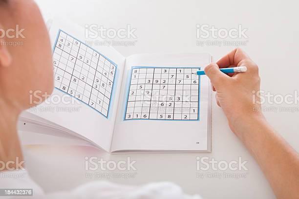 Woman solving sudoku picture id184432376?b=1&k=6&m=184432376&s=612x612&h=9749v7ssmjlkxv 0errinzxq3mvpi3kqivgf6ybjgbs=