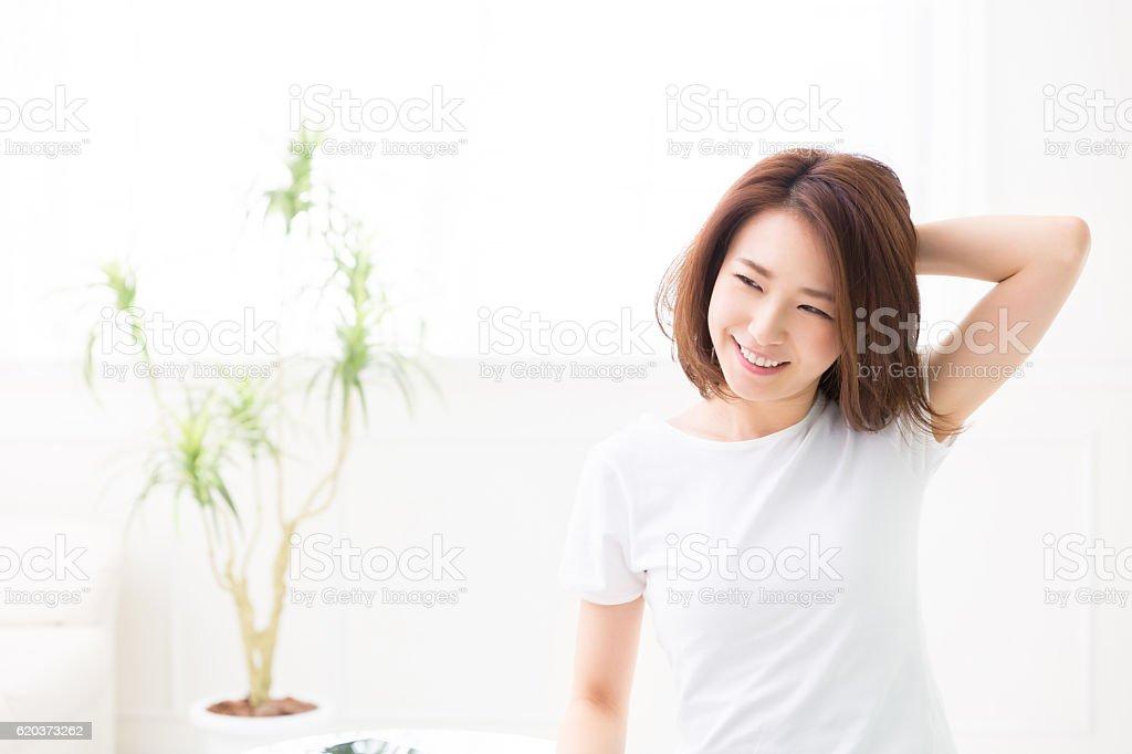Mulher fazendo alongamentos. foto de stock royalty-free