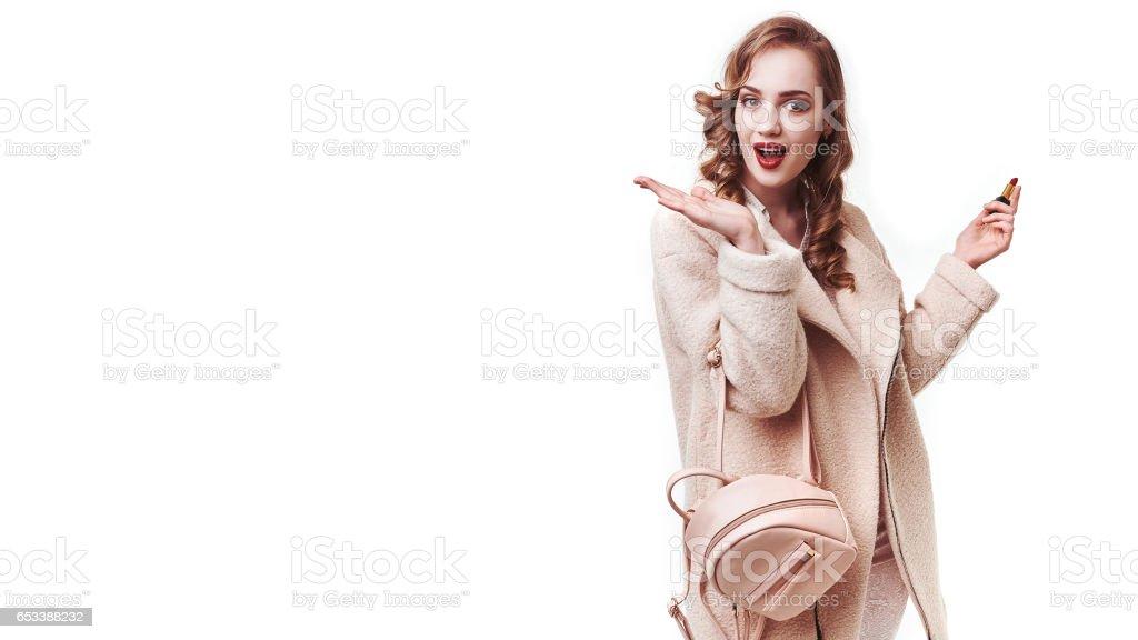 453a8680373b Estilo De Mujer Y Ropa De Moda Modelo De Mujer Ropa De Moda Elegante ...