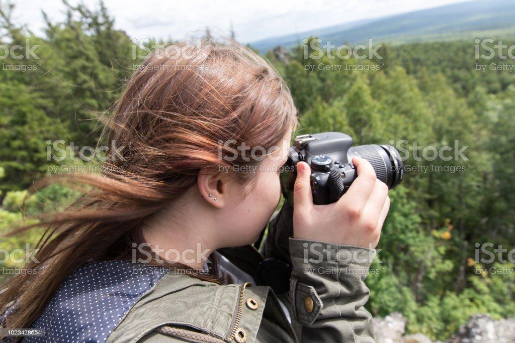 Frau fotografieren der Natur – Foto