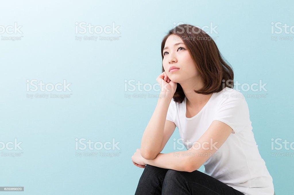 Kobieta myśli zbiór zdjęć royalty-free