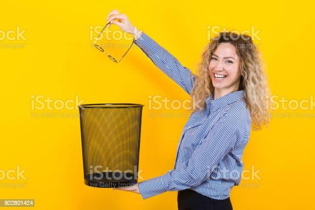 Woman throw away her glasses picture id922801424?b=1&k=6&m=922801424&s=612x612&h=q8ew8mdubsjwqjdflfpyambbmpypc2nkriv7athhlf8=