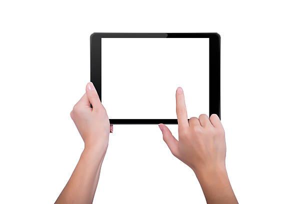 Frau berührt den Bildschirm des tablet – Foto