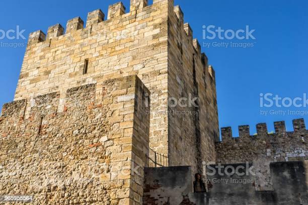 Vrouw Toeristische Bovenop De Fernadina Muur Fortress Lissabon Portugal Stockfoto en meer beelden van Architectuur