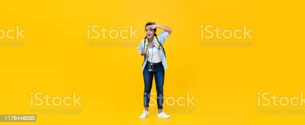 Woman tourist backpacker looking away with hand on forehead picture id1176446035?b=1&k=6&m=1176446035&s=612x612&h=jcwyuclft44w3b08bkxxmxnerdt6xjvbnob50wkeggq=