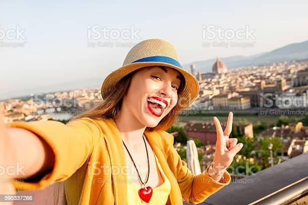 Woman traveling in florence city picture id595337266?b=1&k=6&m=595337266&s=612x612&h=aew az4fchvajpd upacxu796wk223kq59annjvz2iu=