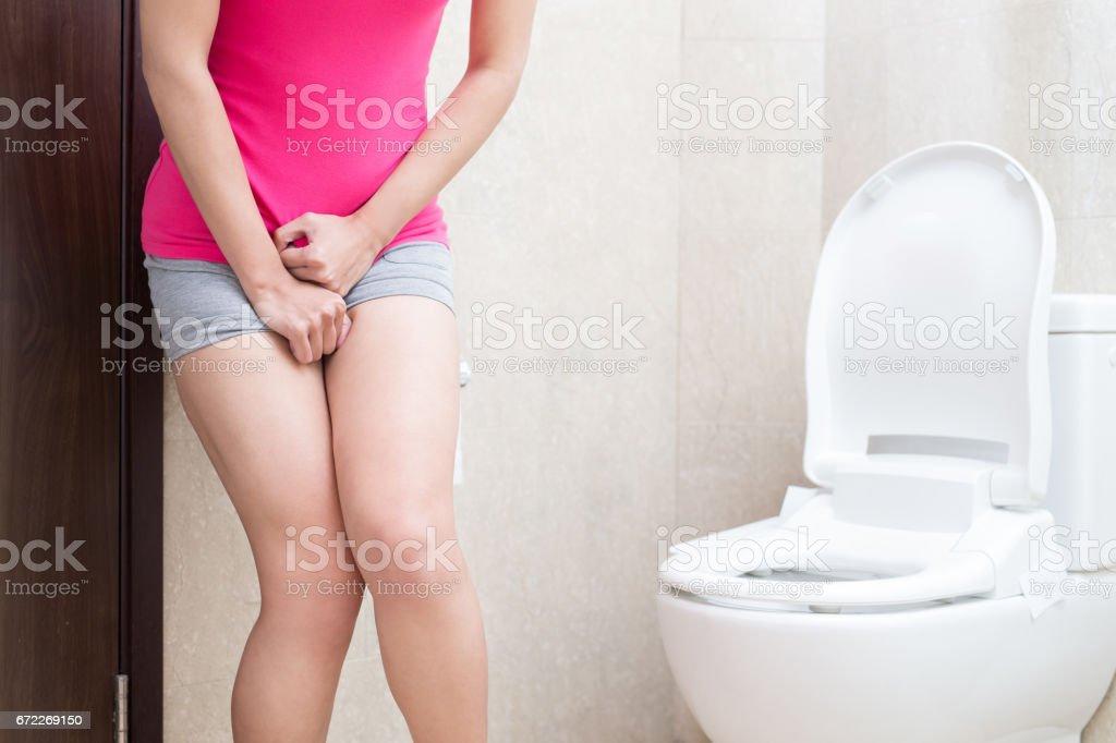 urgence urinaire femme - Photo