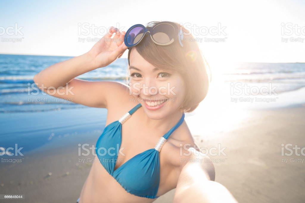 Sexy asians in bikini