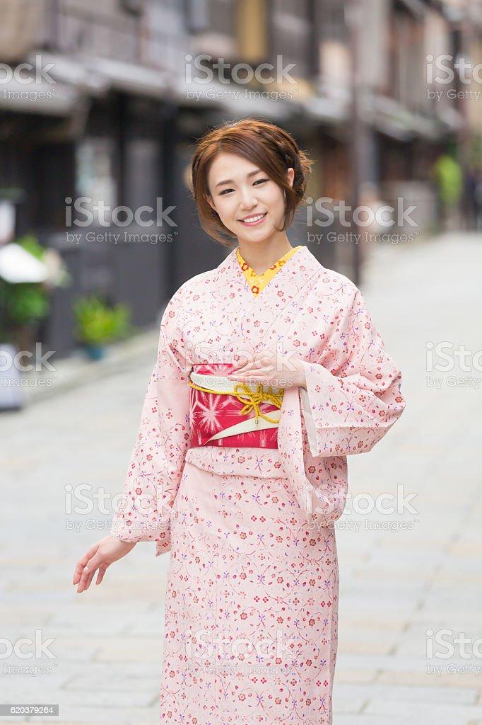 Woman wearing a kimono in Kyoto zbiór zdjęć royalty-free
