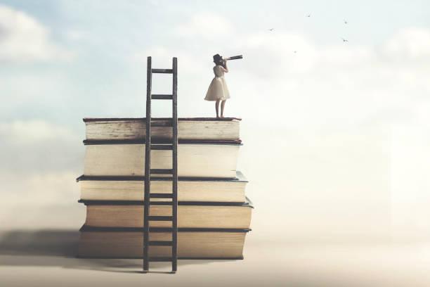 Frau, die Erfolg hat, blickt in die Zukunft – Foto