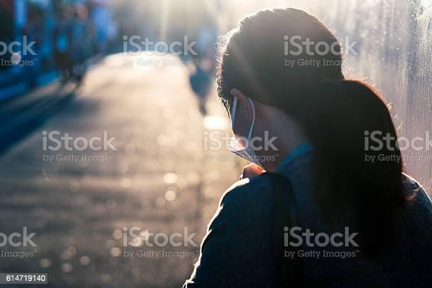 Woman with a mask coughing picture id614719140?b=1&k=6&m=614719140&s=612x612&h=k7d4lokzszwgsrl hjwv3isy0b5lcjw  mqgduvyuqu=