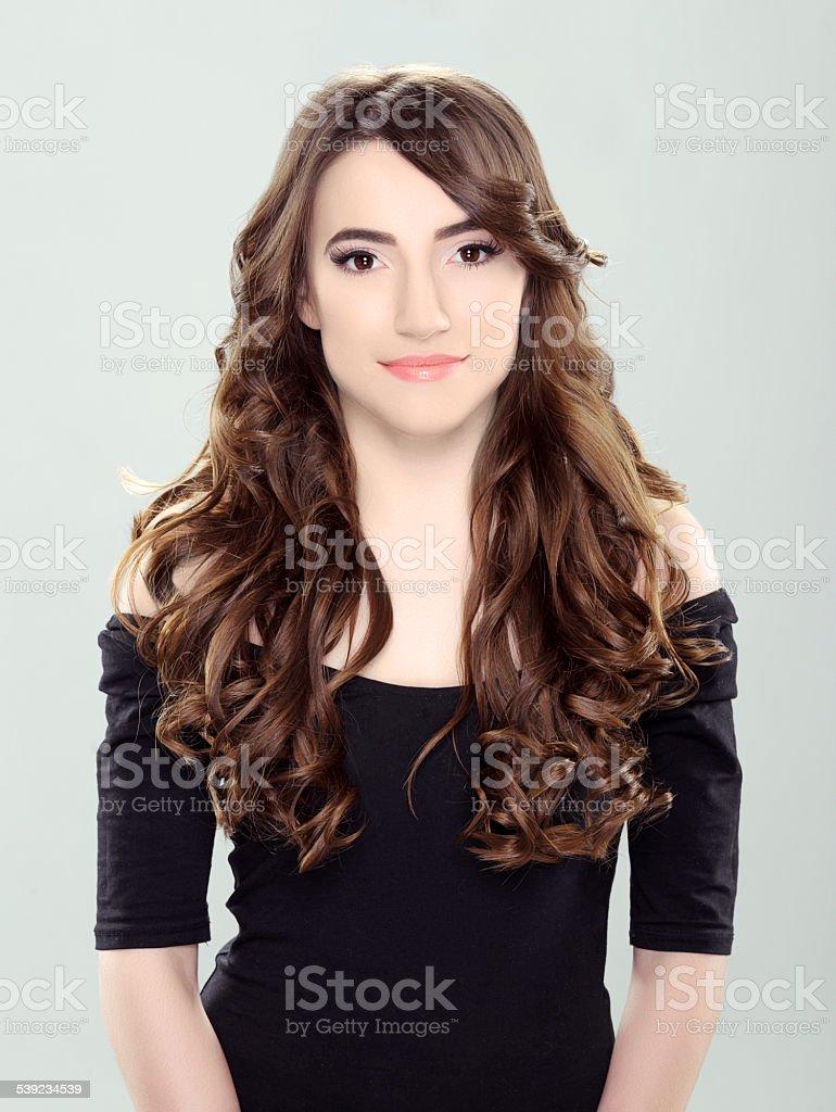 Mujer con Pelo castaño foto de stock libre de derechos