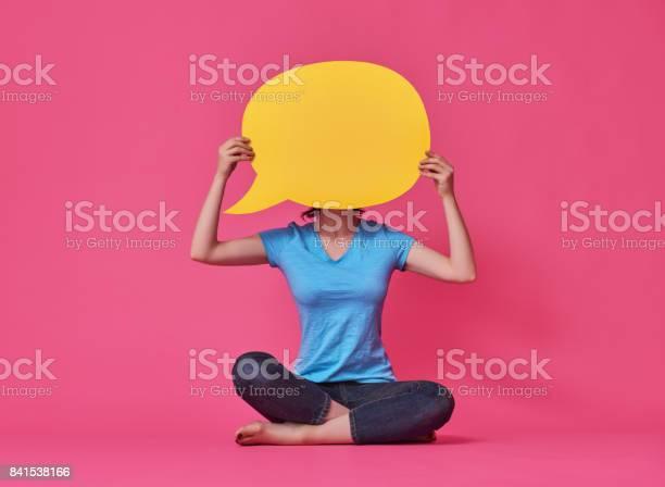 Woman with cartoon speech picture id841538166?b=1&k=6&m=841538166&s=612x612&h=uskljpf66v1srbpkgit9akfbcodaan9zpirzl gljw4=
