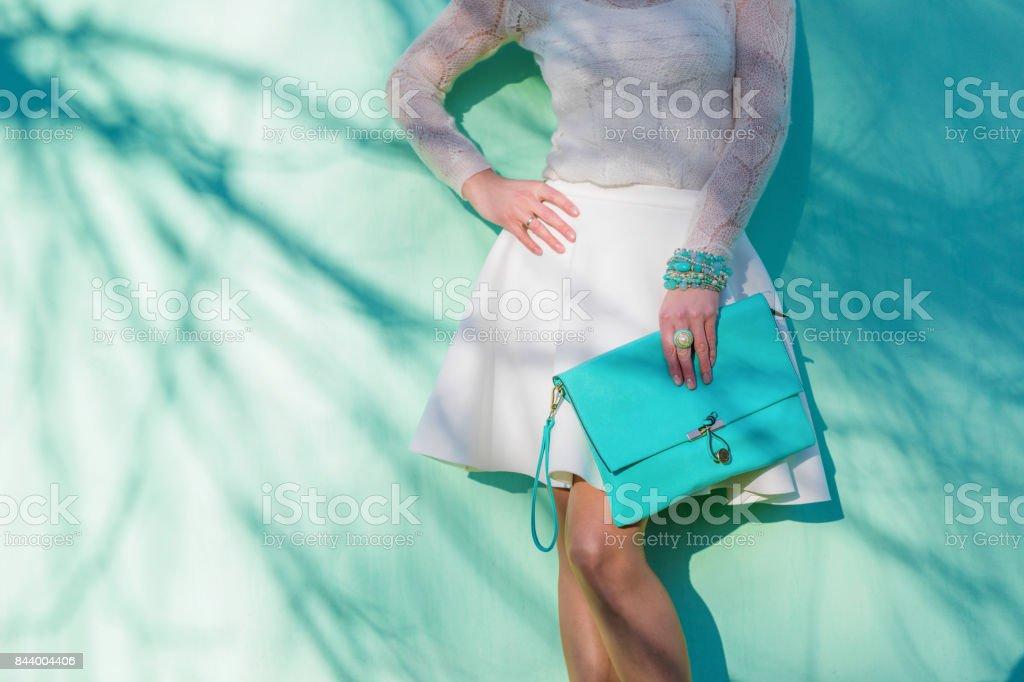 Femme avec sac - Photo