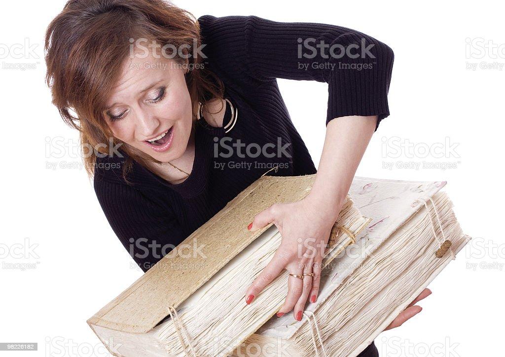 Donna con cubi libri foto stock royalty-free