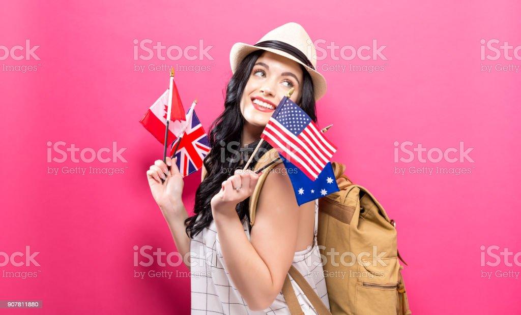 Femme avec des drapeaux de pays anglophones - Photo