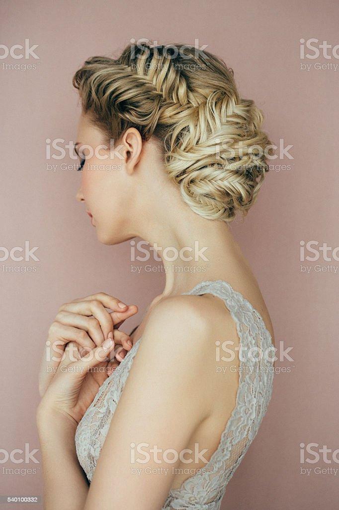 Femme avec coiffure - Photo