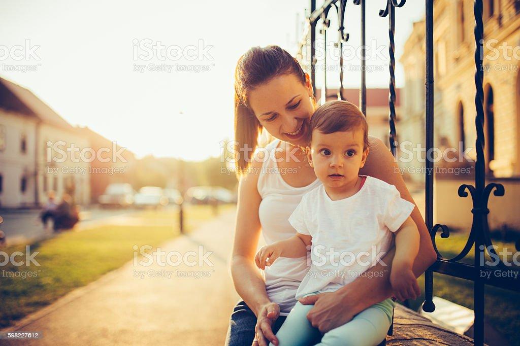 Mulher com a filha foto royalty-free