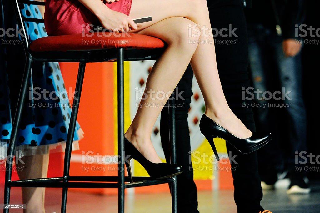 De Talons Une Femme Des Stock Avec Minijupe Hauts Photo Noire Et TFK13lJc