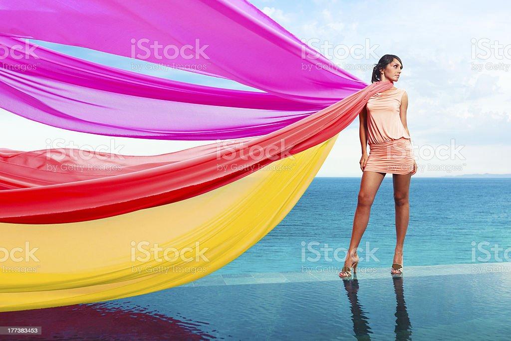 Frau mit Schals – Foto