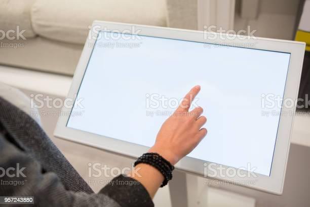 Woman with selfservice device in the store picture id957243880?b=1&k=6&m=957243880&s=612x612&h=giknq5zg1wzqfx55t2fdxnfacycweuzvrxkxzgqiii4=