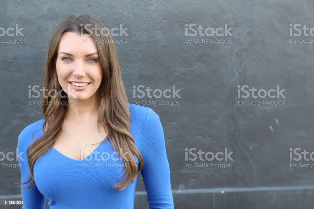 Mujer con dientes perfectos recto blancos - foto de stock