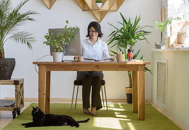Woman working at her office picture id627502710?b=1&k=6&m=627502710&s=612x612&w=0&h=clpaevci 08xklecxkjdlwnjgs8jjp zxcee1ih d2m=
