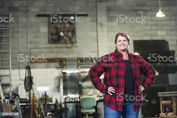 Woman working in factory warehouse picture id638482142?b=1&k=6&m=638482142&s=612x612&h=thw4t cxyody utnf7knj6zhewakhney65l7lhoqmnm=