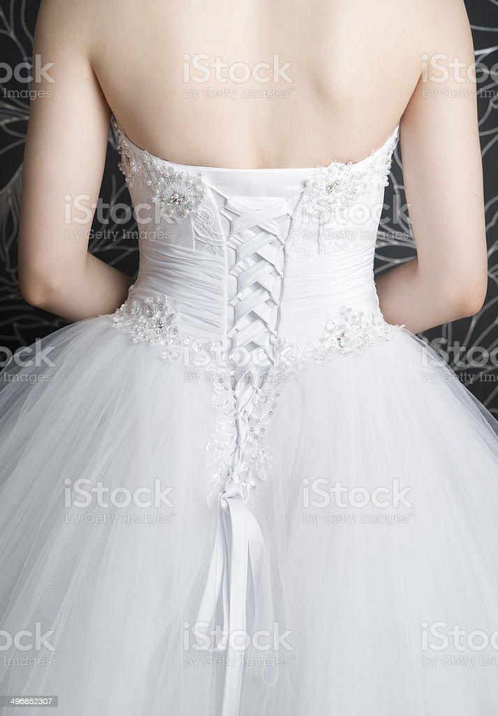 Espalda De Mujer En Vestido De Novia Blanco Con El Corsé ...