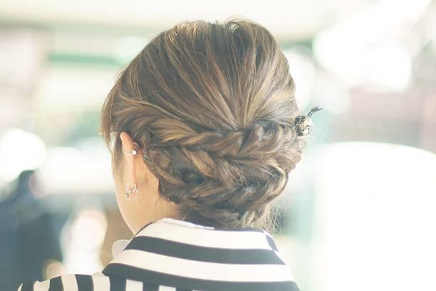 woman's hair style wearing kimono - zopf frisuren stock-fotos und bilder