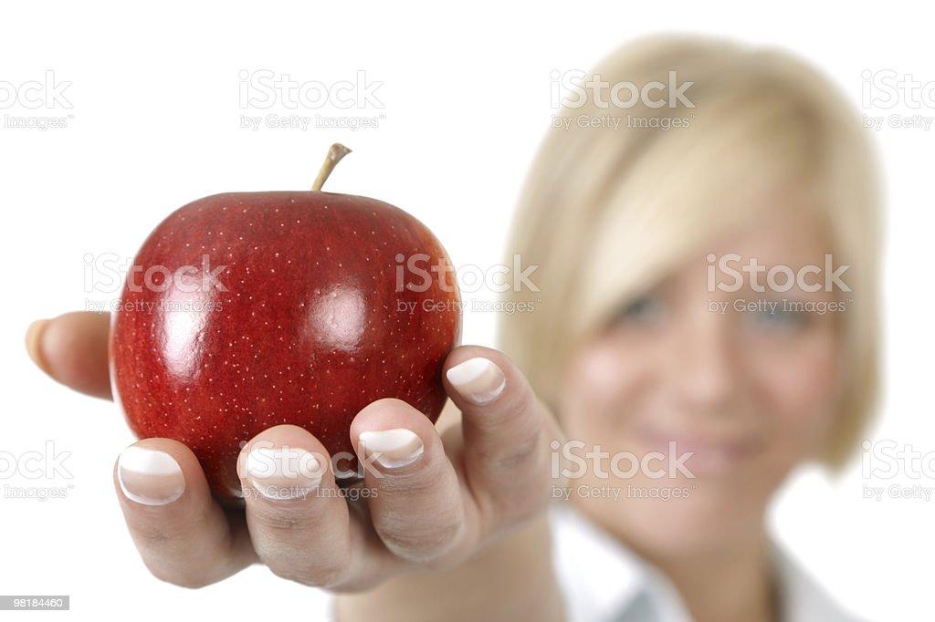 필요한 손으로 쥠 빨간색 사과나무 royalty-free 스톡 사진