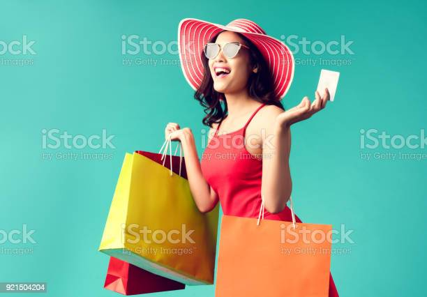 Women are shopping in the summer she is using a credit card and picture id921504204?b=1&k=6&m=921504204&s=612x612&h=3 rtxcoorn cejmulkkiijpitz798v8b4wx2a1vygzy=